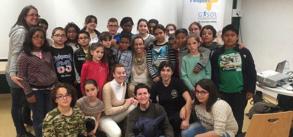 Paralympic Swimmer Teresa Perales inspires kids of L'Esport SUMA, the Gasol Foundation program in Badalona